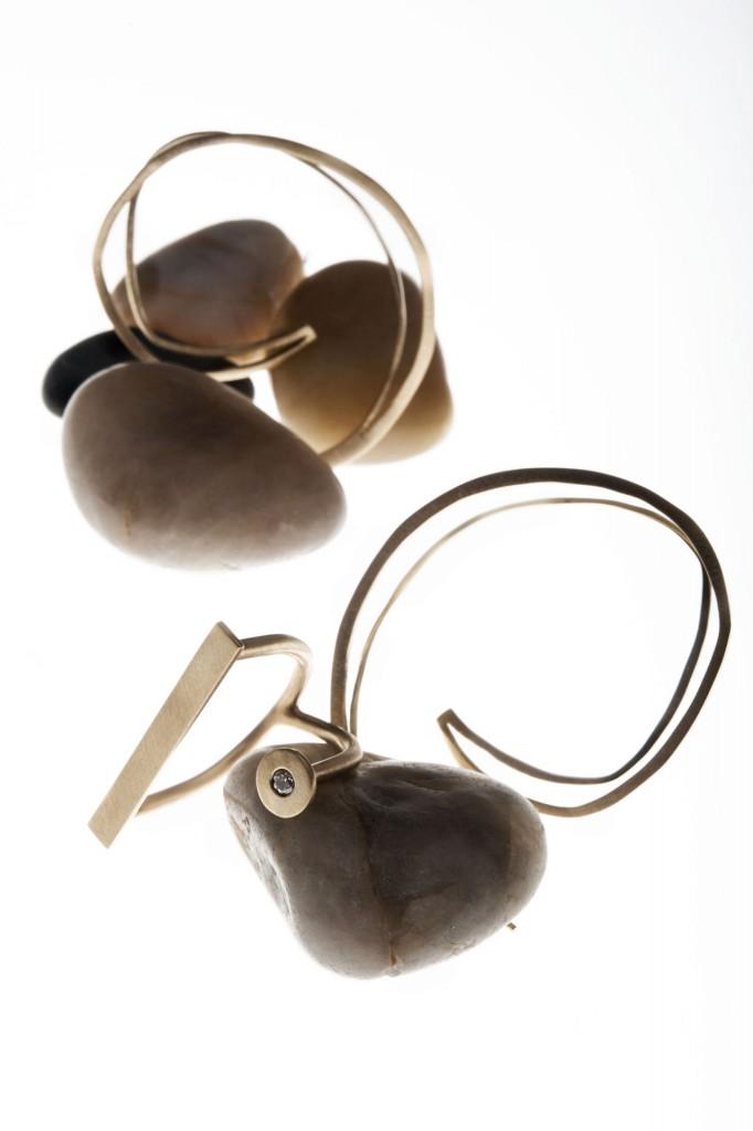 Aines joyas de diseño - Colección Oro - pendientes y anillos de oro.