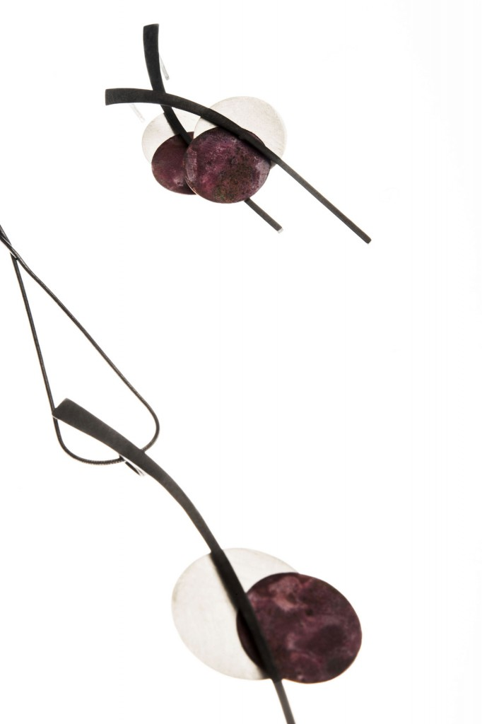 Aines joyas de autor - Colección Eclipse - pendientes de plata y cobre.