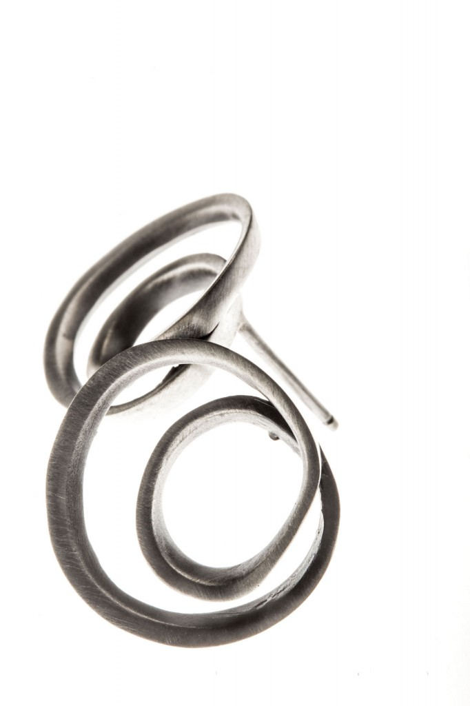 Aines handmade Jewellery - Labyrinth Collection - Silver earrings.